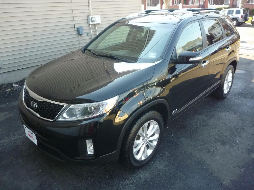 2015 BLACK /BLACK LEATHER Kia Sorento EX V6 AWD (5XYKUDA78FG) with an 3.3L V6 DOHC 24V engine, 6-Speed Automatic transmission, located at 1018 Brunswick Ave, Trenton, NJ, 08638, (609) 989-0900, 40.240086, -74.748085 - Photo #0